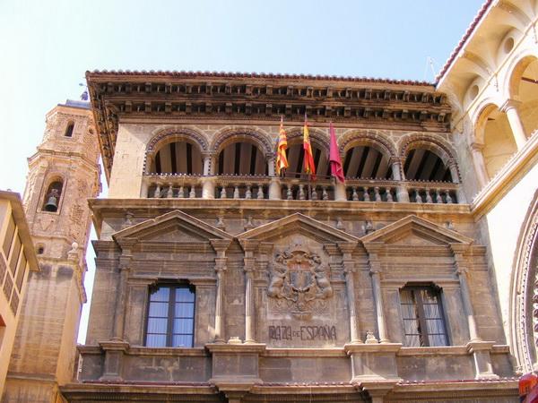 Alcañiz, Capital de la Comarca